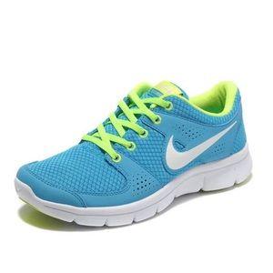 Women's Nike Flex Experience Run green blue size 7